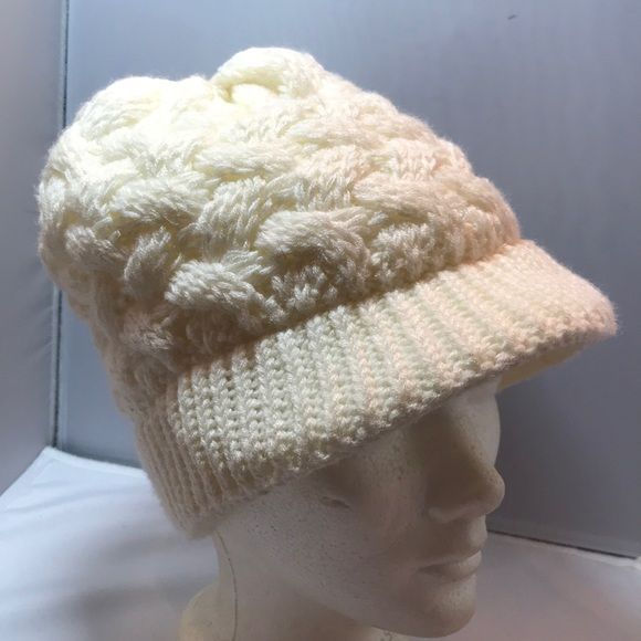 22dfe3a9 Nike ACG Accessories | Acg Nike Ivory Cream Cable Knit Hat | Poshmark